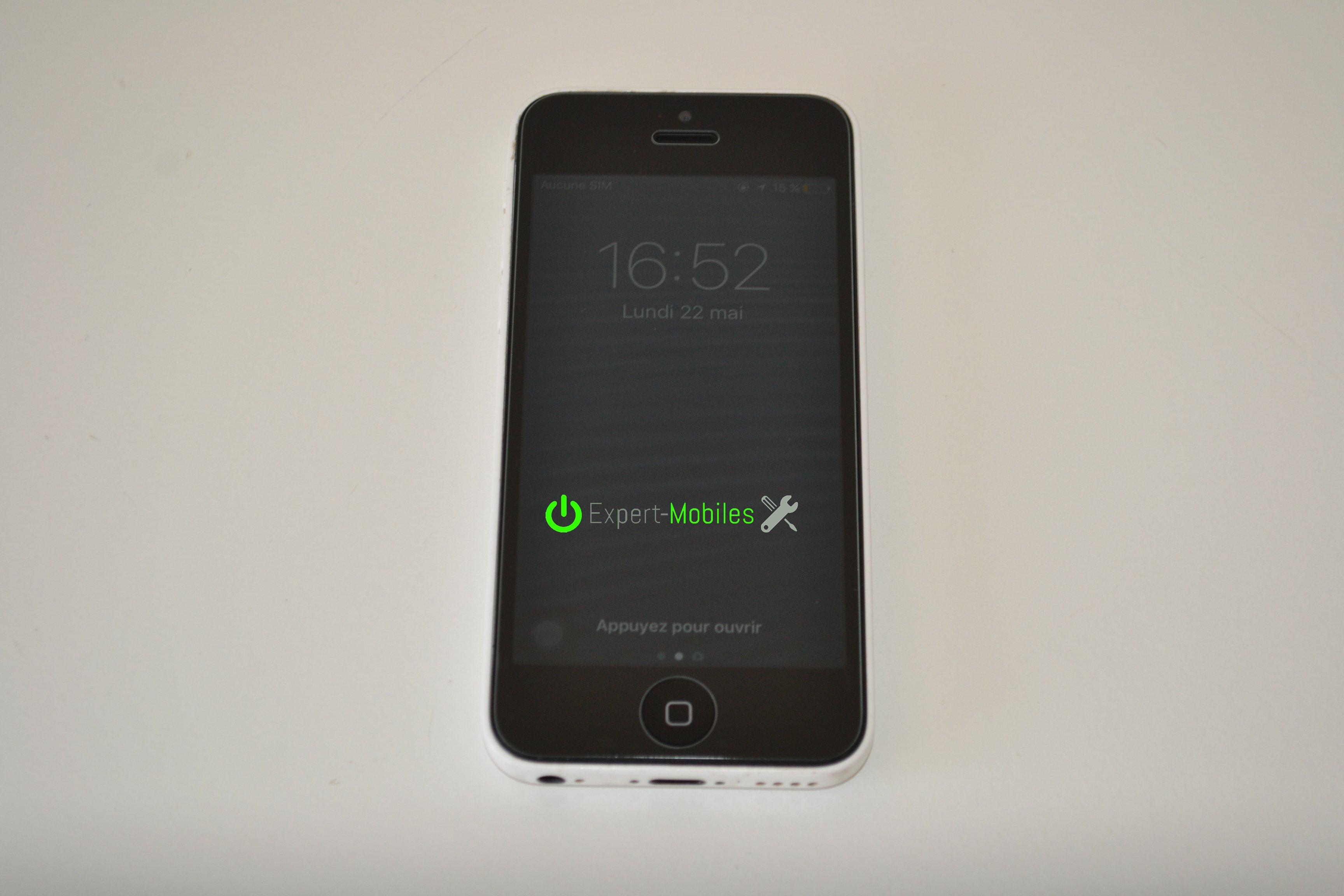remplacement de l 39 cran d 39 un iphone 5c expert mobiles. Black Bedroom Furniture Sets. Home Design Ideas