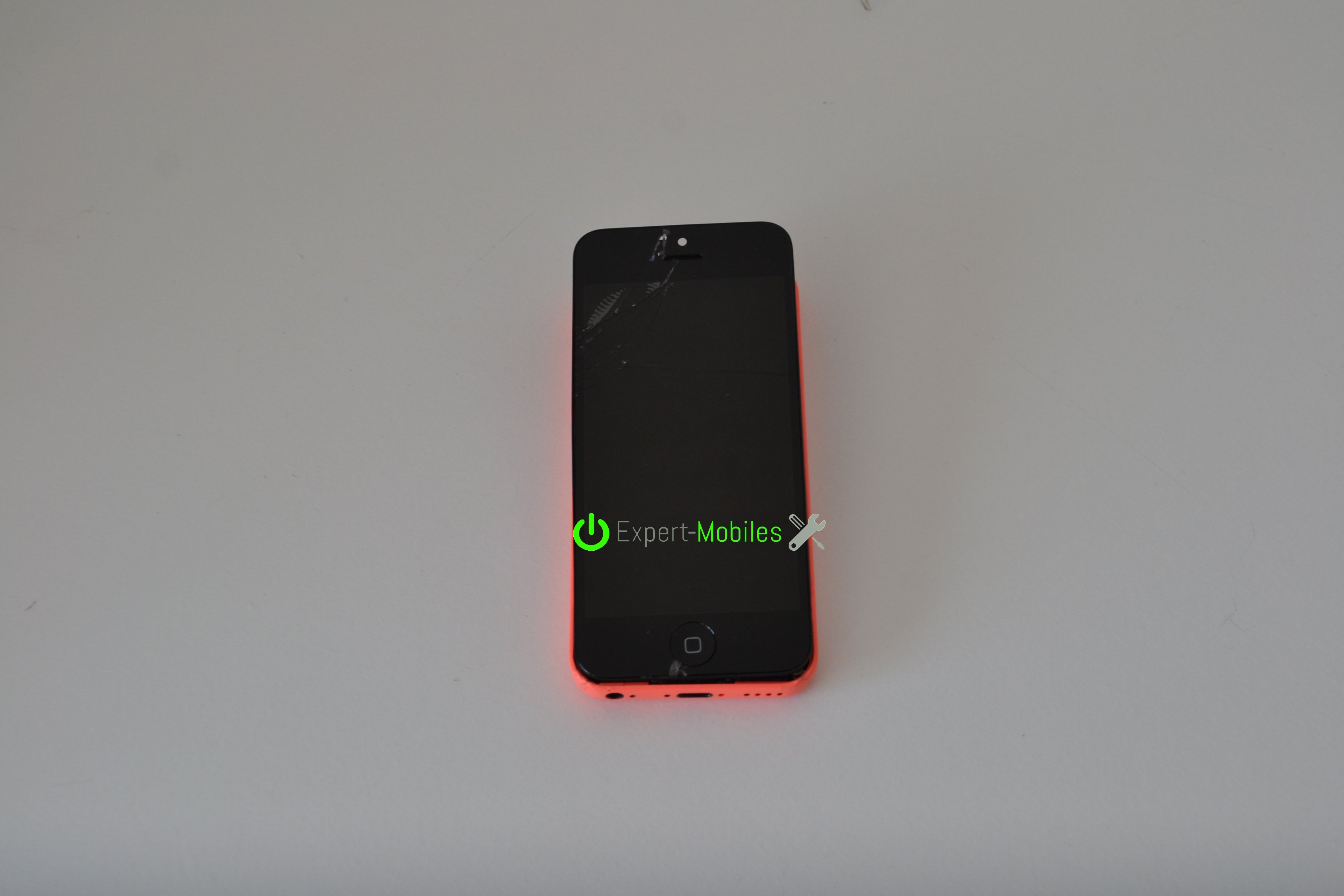 Remplacement de l 39 cran d 39 un iphone 5c expert mobiles - Reparation telephone lorient ...